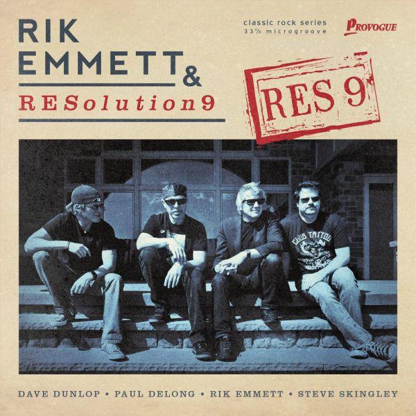 RIK EMMET & RESolution 9 [TRIUMPH]